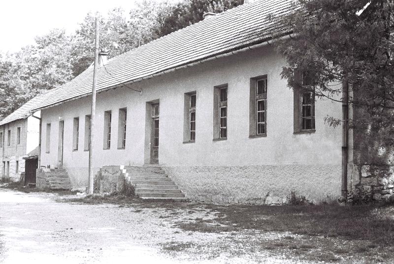 budo-017-obnovljena-sskola-u-ccelebichu-snimljena-1990
