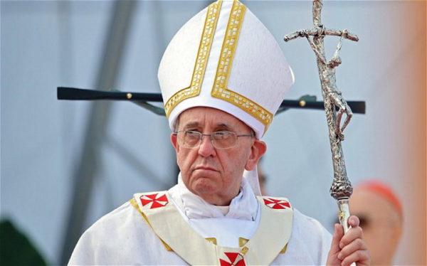 PAPA ŠOKIRAO SVE IZJAVOM: Hrišćani da se izvine homoseksualcima!