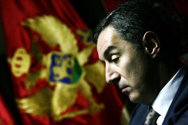 НАЈНОВИЈА ИНФОРМАЦИЈА ОДЈЕКНУЛА РЕГИОНОМ: Пада власт у Црној Гори после 30 година?! ОВО ЈЕ РАЗЛОГ