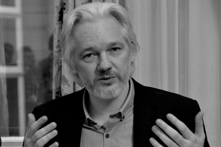 5679492-3x2-940x627-assange-jullian-34t