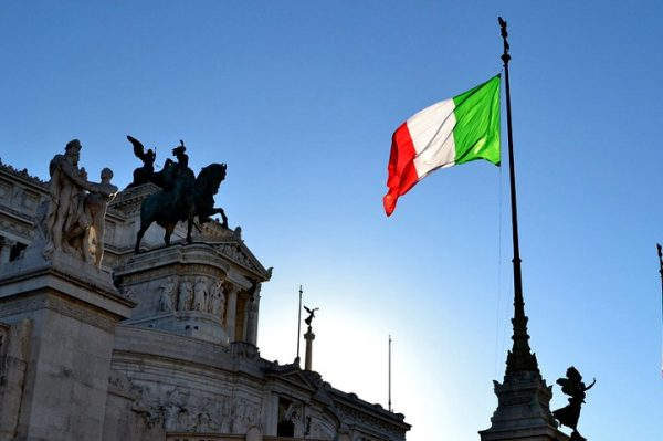 ВЕСТ БОМБА! Италијани траже да се поништи ПРИЗНАЊЕ КОСОВА!