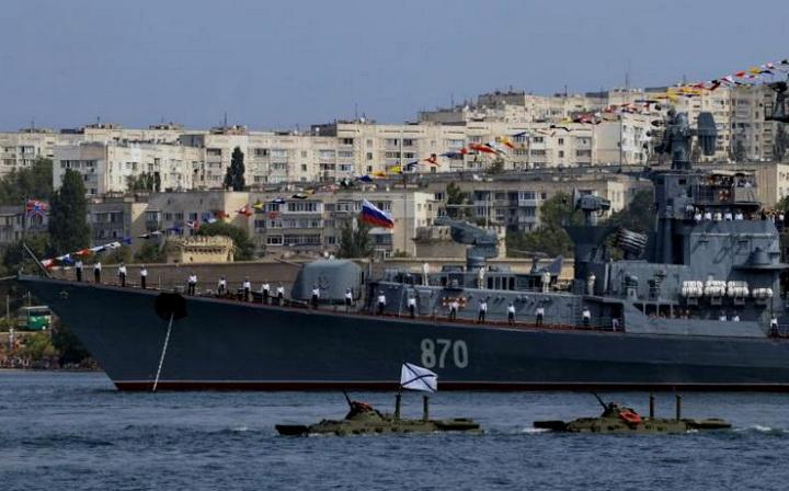 smetlivy-russian-destroyer-greece-pirei-89