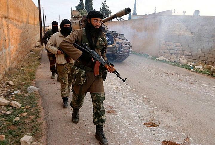nusra-front-carry-_3449043b