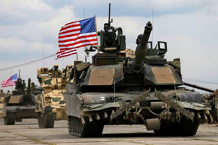 US army tanks RUSSIAN BORDER 546
