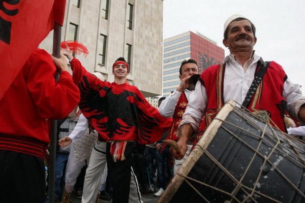 """ШИПТАРИ ПРЕТЕ: """"Не треба нам дозвола Србије, ујединујемо се с Албанијом, а ако нас спрече…"""""""