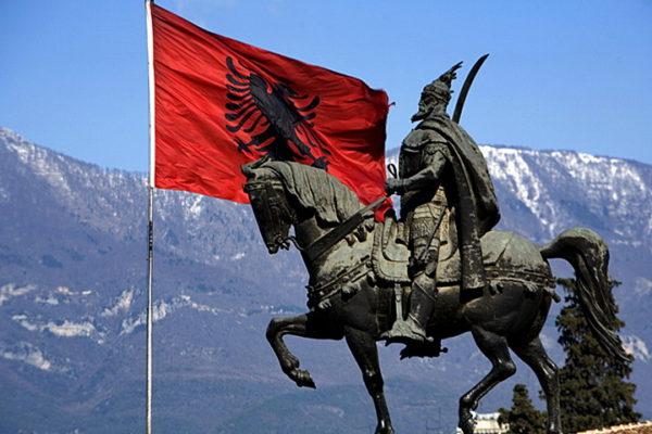 """САДА ЈЕ СВЕ ЈАСНО! Ево које тајне службе стварају """"Велику Албанију""""!"""