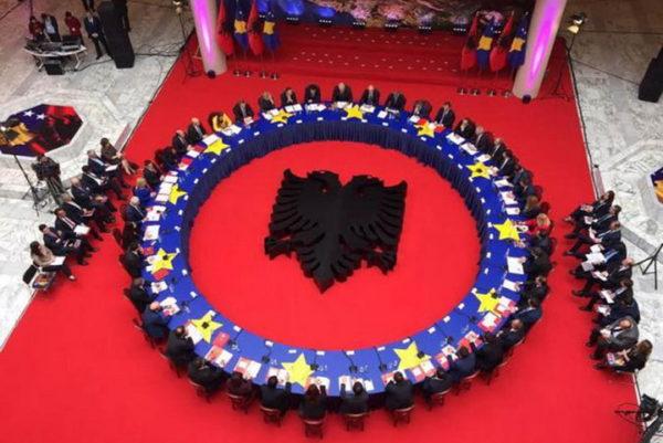 HARADINAJ NAJAVIO REFERENDUM ZA UJEDINJENJE TZV. KOSOVA I ALBANIJE