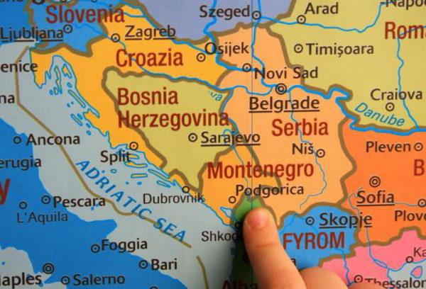 УПОЗОРЕЊЕ ИЗ НЕМАЧКЕ ЗА БАЛКАН: Босна је пропала, Косово извор опасности
