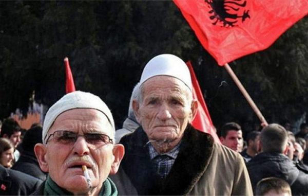 RUSI PORUČILI: Sporazum između Srba i šiptarskih terorista je neprihvatljiv!