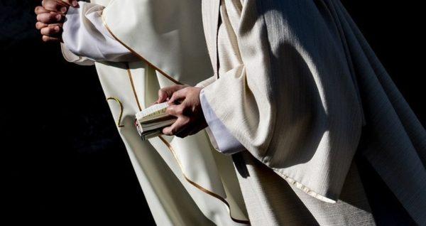 Katolički sveštenici u Australiji seksualno zlostavljali blizu 4.500 dece