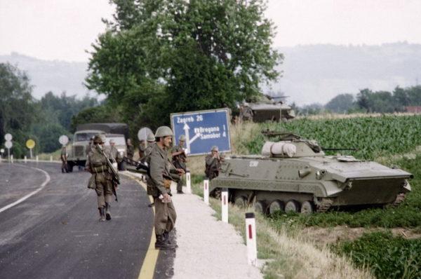AMERIČKA STRATEGIJA: Jugoslavija, Ukrajina… DA LI JE SRBIJA SLEDEĆA?