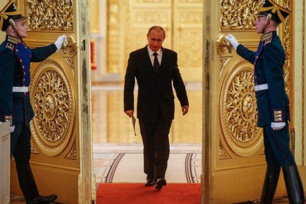 PUTIN REŠIO DA STAVI TAČKU NA RAT U NAGORNO KARABAHU?! Ambasadori Jermenije i Azerbejdžana hitno pozvani na razgovor