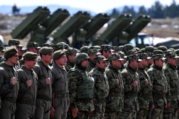 ХРВАТСКИ МЕДИЈИ: Вучић ствара најмоћнију војску на Балкану