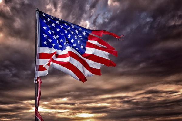 РУСИ ОБЈАВИЛИ: Америка се распада!