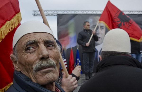 ТАЈНИ ШИПТАРСКИ ПЛАН: Албанци играју двоструку игру, купују време и чекају исход избора у Америци! ЕВО ШТА ЈЕ ГЛАВНИ ЦИЉ