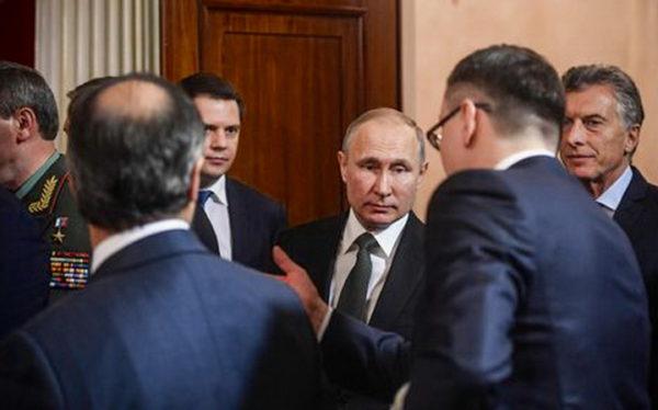 РУСИЈА У ЦРВЕНОМ АЛАРМУ –ТАЈНА СЛУЖБА ОБАВЕСТИЛА ПУТИНА: У току је специјална операција против Русије