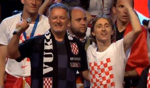 OVO JE SLIKA I PRILIKA PRAVE HRVATSKE! Građanska Srbijo, navijala si za ustaše – fašiste (VIDEO)