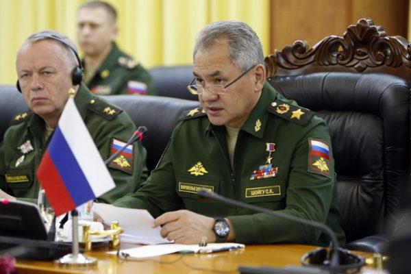 """ŠOJGU SAOPŠTIO: Amerikanci i NATO oko Rusije koncentrišu 40.000 vojnika i 15.000 """"velikih cevi"""""""