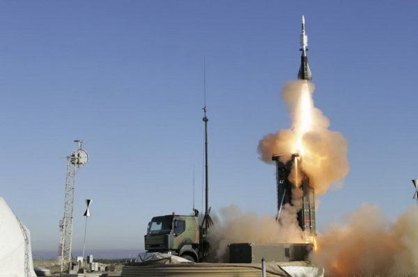 ВУЧИЋ: Нисмо купили кинески ПВО, али размишљамо