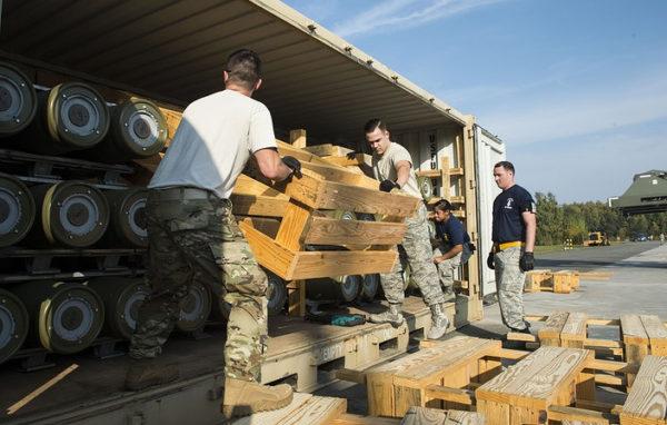 ИСТИНА ИСПЛИВАЛА НА ПОВРШИНУ: Америка наоружава суседе Србије, А ИЗА СВЕГА СЕ ЗАПРАВО КРИЈЕ…