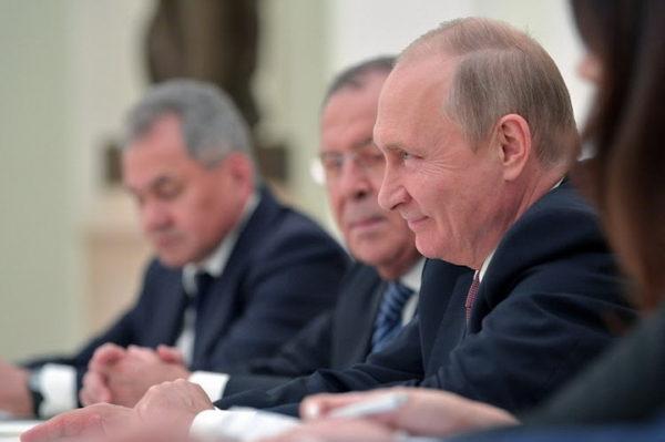 CEO SVET BRUJI: Evo kako je Putin na genijalan način sasuo istinu u lice Trampovom čoveku! ISTINA O SAD U JEDNOJ REČENICI (VIDEO)