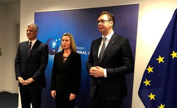 AMERIČKI DIPLOMATA ŠOKIRAO SRBIJU: Vučić i Tači postigli sporazum, a on podrazumeva…