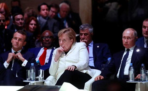 SADA JE SVE JASNO: Evo ko je režirao rukovanje Putina i Tačija! OVO JE BIO CILJ