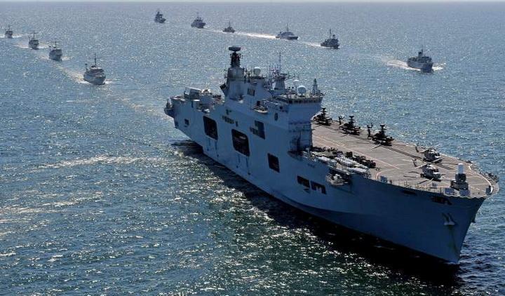 """BRITANCI POSLALI u Pacifik eskadru sa nosačem aviona da plaši Kinu i demonstrira """"Globalnu Britaniju"""""""