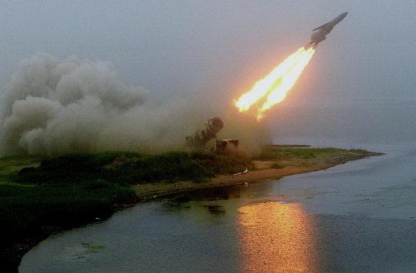 """""""ZABAVA POČINJE!"""" Ruski stručnjak tvrdi da Amerikanci ne mogu da se odbrane od ruskih hipersoničnih raketa"""