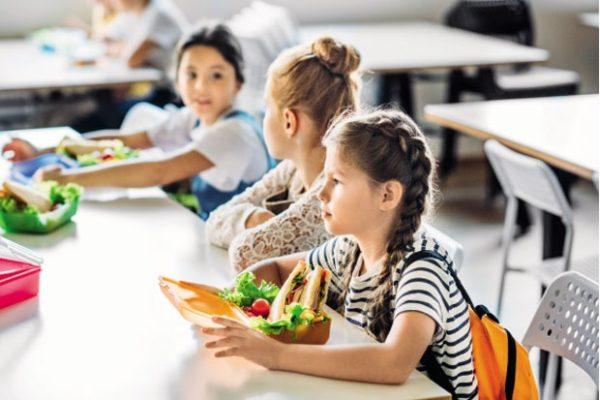 Školarcima bar jedan zdrav obrok dnevno