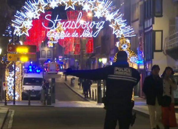 ДРАМА У СТРАЗБУРУ: Потрага за нападачем познатим у исламистичким круговима; Четворо људи убијено, 11 рањених; Пронађенe бомбе