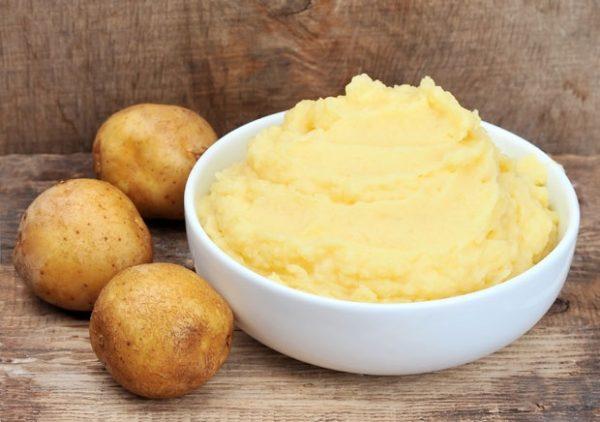 Krompir pire neguje ruke