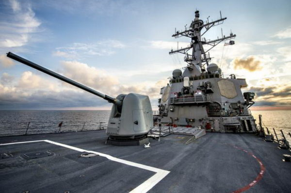 ŠOKANTAN TRAMPOV ZAOKRET: SAD se okreće nadolazećem pomorskom obračunu… ALI NE SA IRANOM