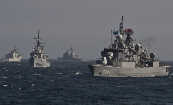 UKRAJINA JE SAMO IZGOVOR: Amerika želi Crno more