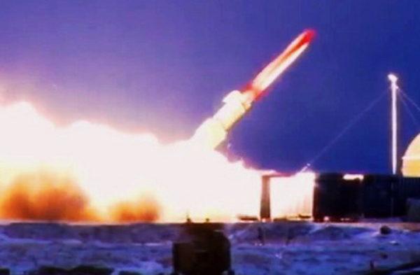 NAJVEĆI AMERIČKI KOŠMAR SE OBISTINIO: Rusi testirali novo moćno ubitačno oružje! Od njega nema spasa! (VIDEO)