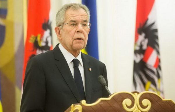 PREDSEDNIK AUSTRIJE: Dosta je Evropa slušala Ameriku