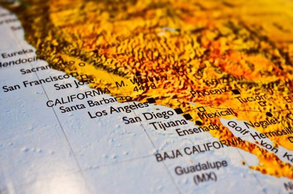 РУСИ ЖЕСТОКО ОДГОВОРИЛИ АМЕРИКАНЦИМА: Вратите Калифорнију у састав Русије!