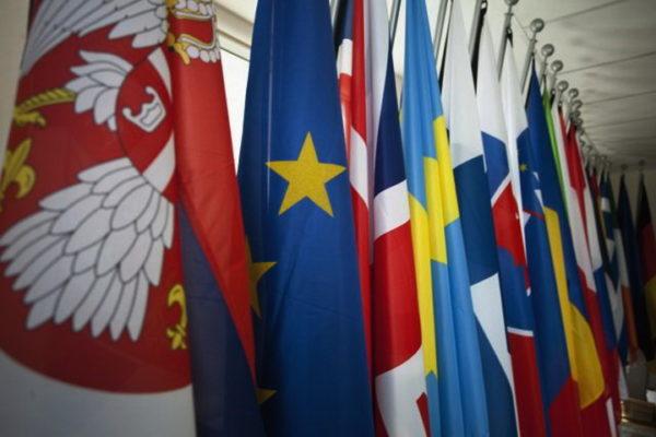 """БАЛКАН ГУБИ ДРУГИ СВЕТСКИ РАТ – главу дижу и """"велика Албанија"""" и """"велика Хрватска"""", Немачка је главна у ЕУ"""