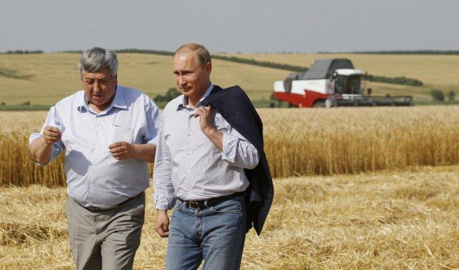 NEMAČKI EKSPERT PRIZNAO: RUSIJA SE IZBORILA SA SANKCIJAMA BOLJE NEGO ŠTO SMO OČEKIVALI! Potrebna je EU zbog apetita Amerike i Kine!