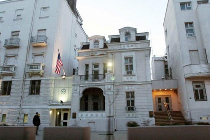 HRVATSKI MEDIJI OTKRIVAJU: Američki ambasador imao bahanalije i zavodio ćerke generala JNA o trošku američke ambasade!?