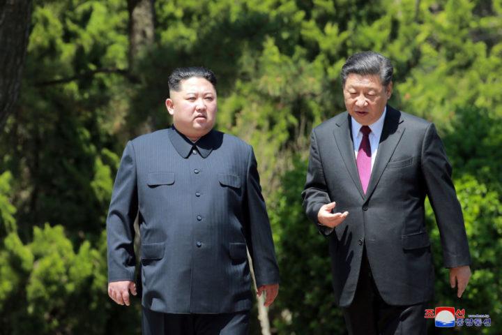 ВЕЛИКИ ЗАОКРЕТ КИНЕ: Почели да наоружавају Северну Кореју! АМЕРИКА БЕСНА