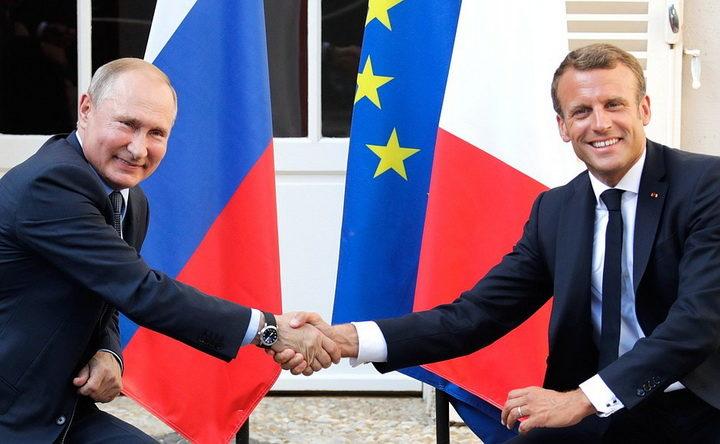 НОЖ У ЛЕЂА АМЕРИМА! УДРУЖУЈУ СЕ РУСИЈА И ФРАНЦУСКА: Путин и Макрон праве паклени план за Европу!