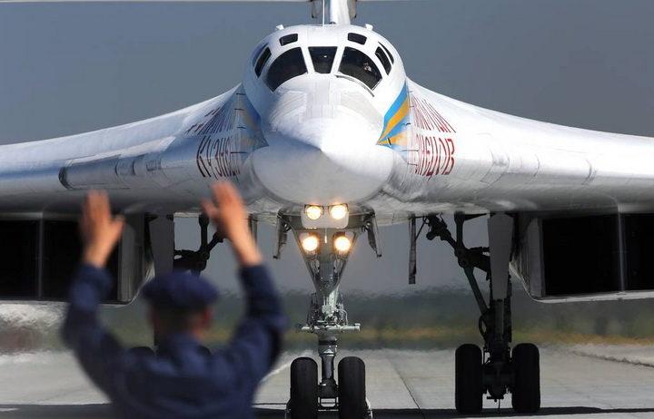 КИНЕЗИ ИЗНЕЛИ ШОКАНТНЕ ДЕТАЉЕ: Ево шта руска војска може урадити Америци!