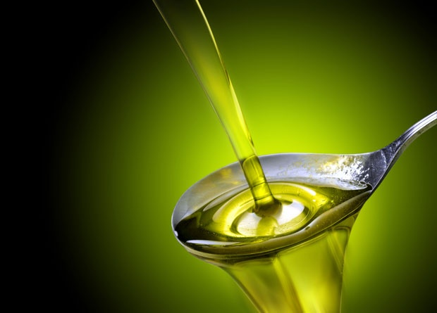 """У продаји је """"лажно"""" маслиново уље: Обратите пажњу на ове детаље када га купујете"""