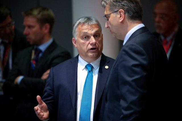 """ХРВАТСКИ МЕДИЈИ: """"Орбан жели да раскомада Хрватску! ЗАШТО ЋУТИМО?"""""""