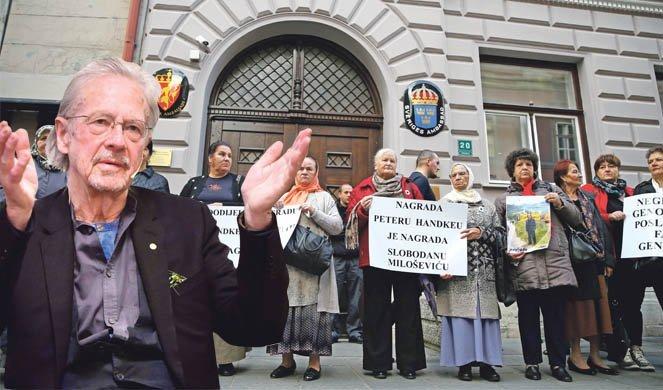 БРУKА! НАПАДАЈУ ХАНДKЕА, А ГАЂАЈУ СРБЕ И СРЕБРЕНИЦУ! Аустријски писац на мети запада због подршке Србији