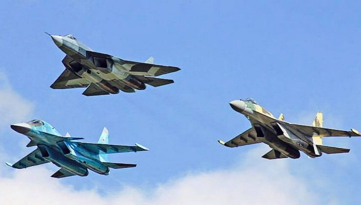 ГРОМОВИТ ОДГОВОР НА ПРЕТЊЕ НАТО-А: Руси подижу 50 ловаца, авијација ће протутњати небом изнад Црног мора!