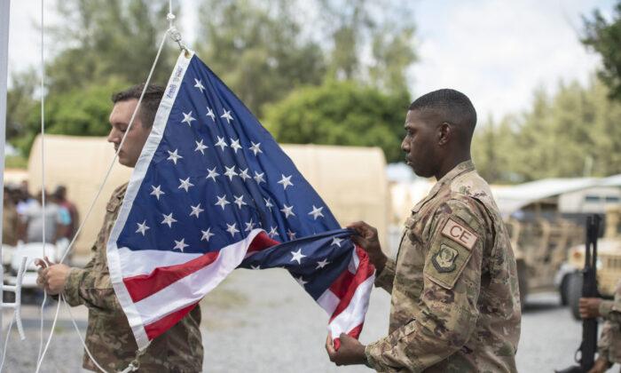 ХАОС НА КОСОВУ: Убијен амерички војник!