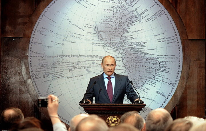 ANALIZA – PUTIN NE ZNA ZA DEFANZIVU: Rusija uspešno razbija ofanzivu zapada na njene granice (VIDEO)