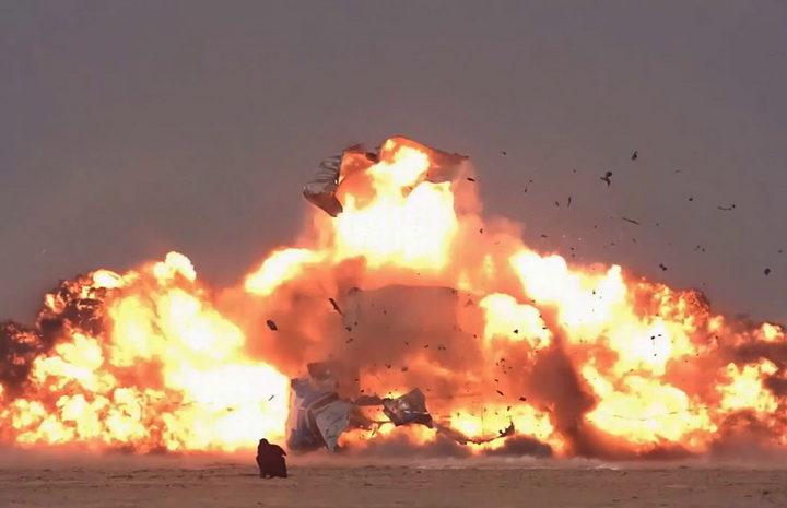 PUTINOVA LEKCIJA ERDOGANU: Ruski avioni spalili turska oklopna vozila (VIDEO)